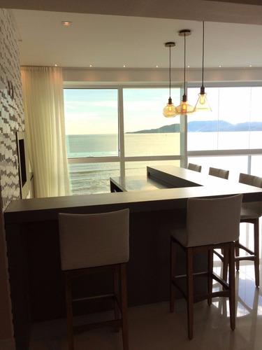 apartamento frente mar, finamente mobiliado e decorado