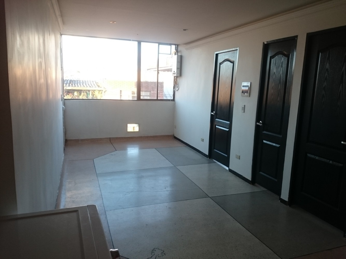 apartamento grande, bonito, economico.