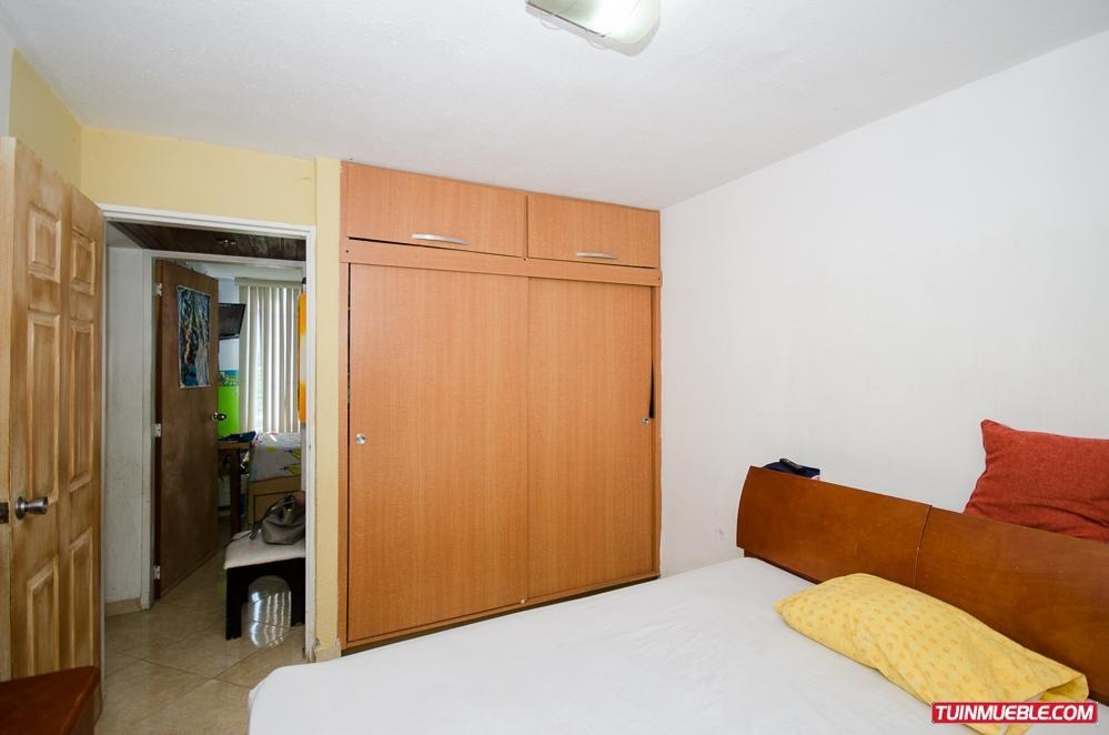 apartamento guarenas altos de san pedro