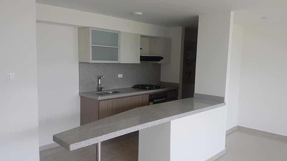apartamento hermoso de 3 habitación con 2 baños