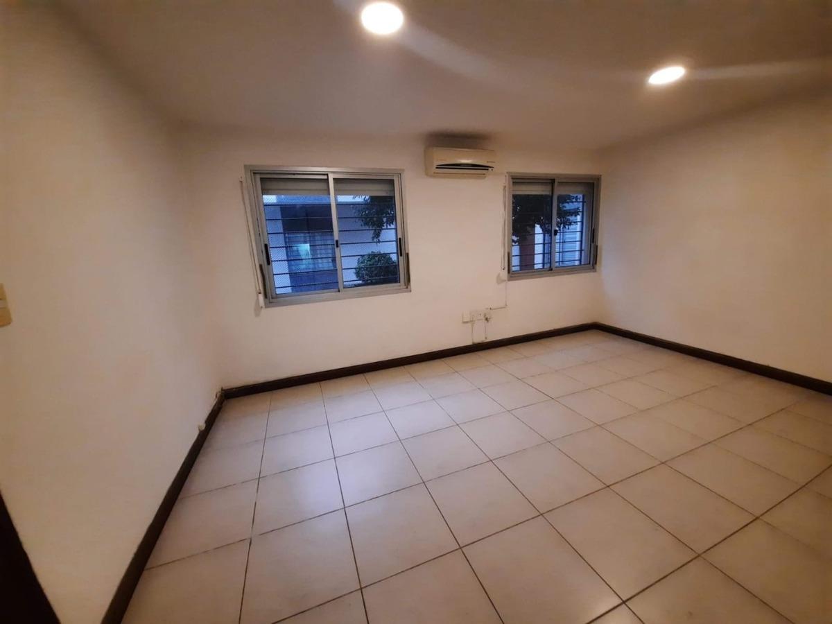 apartamento impecable-  próximo a nuevo centro shopping