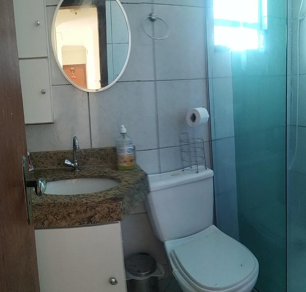 apartamento individual com 3 quartos e excelente localização