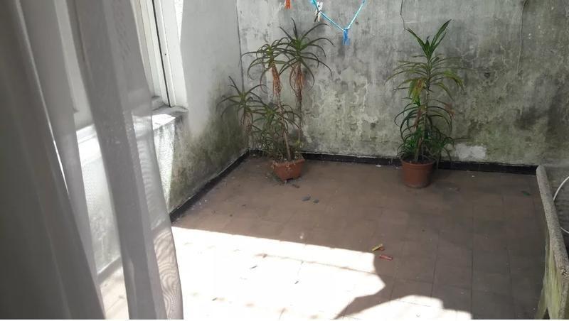apartamento interno, con 2 patios, si banco!!!