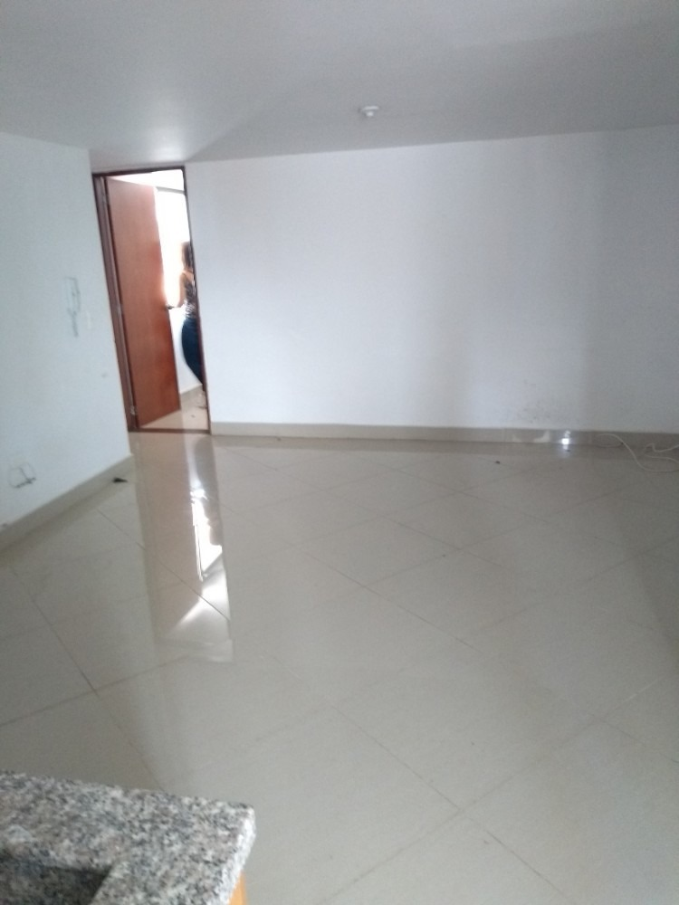 apartamento interno,2 alcobas,3 piso,ascensor muy agradable!