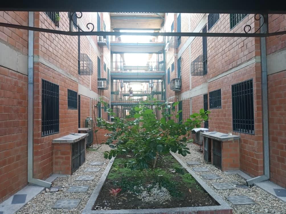 apartamento jardines de castillejo 04141104703 / 04127009343