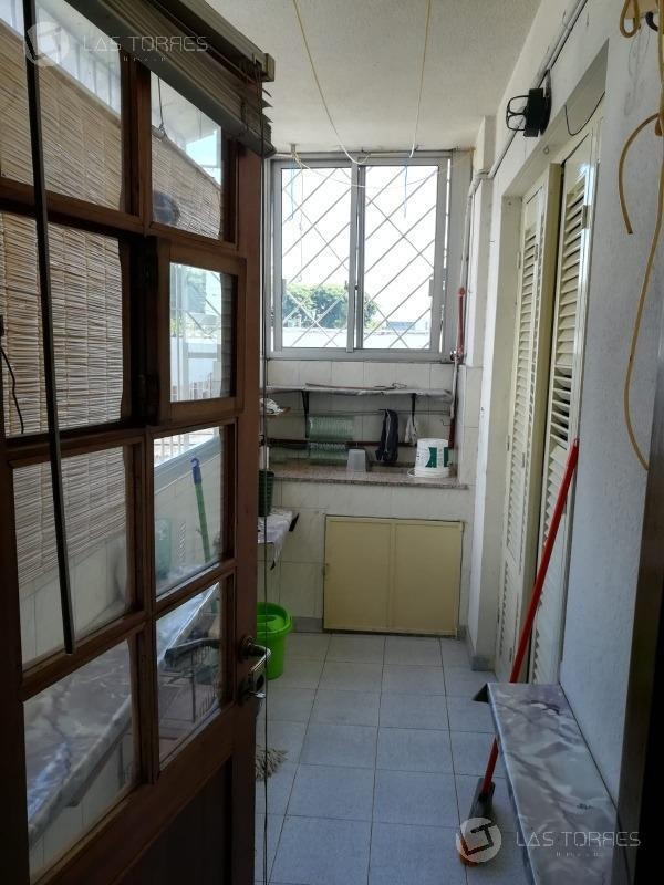 apartamento - la blanqueada - frente, 2do esc, balcón, gc 2.500