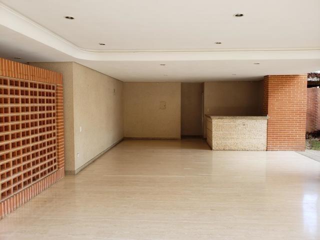 apartamento la tahona  kell  garcia mls # 19-5255