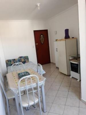 apartamento lado praia com 1 quarto em itanhaém/sp