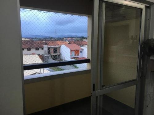 apartamento lado praia com 2 quartos em itanhaém/sp 4780-pc