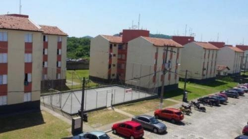 apartamento localizado no bairro jardim sabaúna em itanhaém