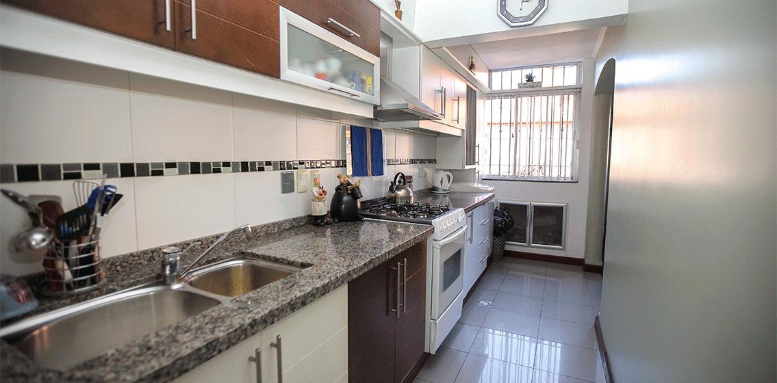 apartamento luminoso e impecable ref.: 4316
