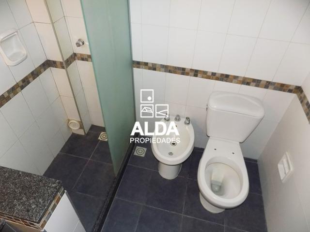 apartamento maldonado centro 1 dormitorio 1 baño venta