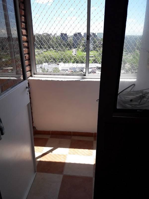 apartamento malvin  en alquiler - avda. italia  apto. .
