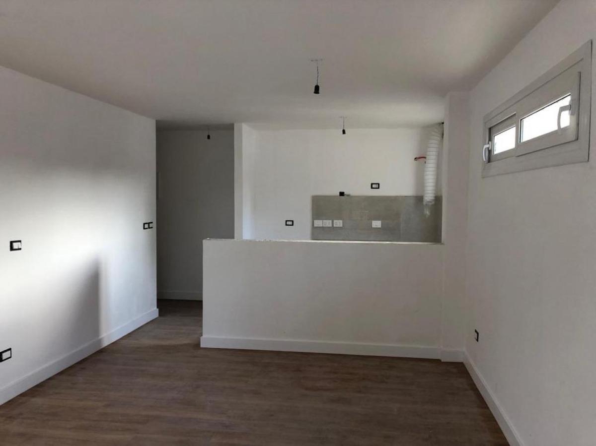 apartamento malvin venta 1 dormitorio missouri y pilcomayo con garaje y box!!