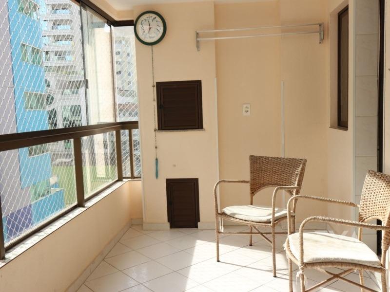 apartamento mobiliado a 250 metros da praia. - 605