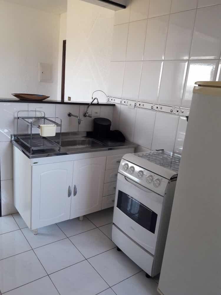 apartamento mobiliado com 2 quartos, sala, cozinha, banheiro
