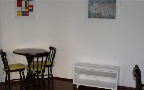 apartamento mobiliado, impecável para locação pronto para morar, no morumbi são paulo.
