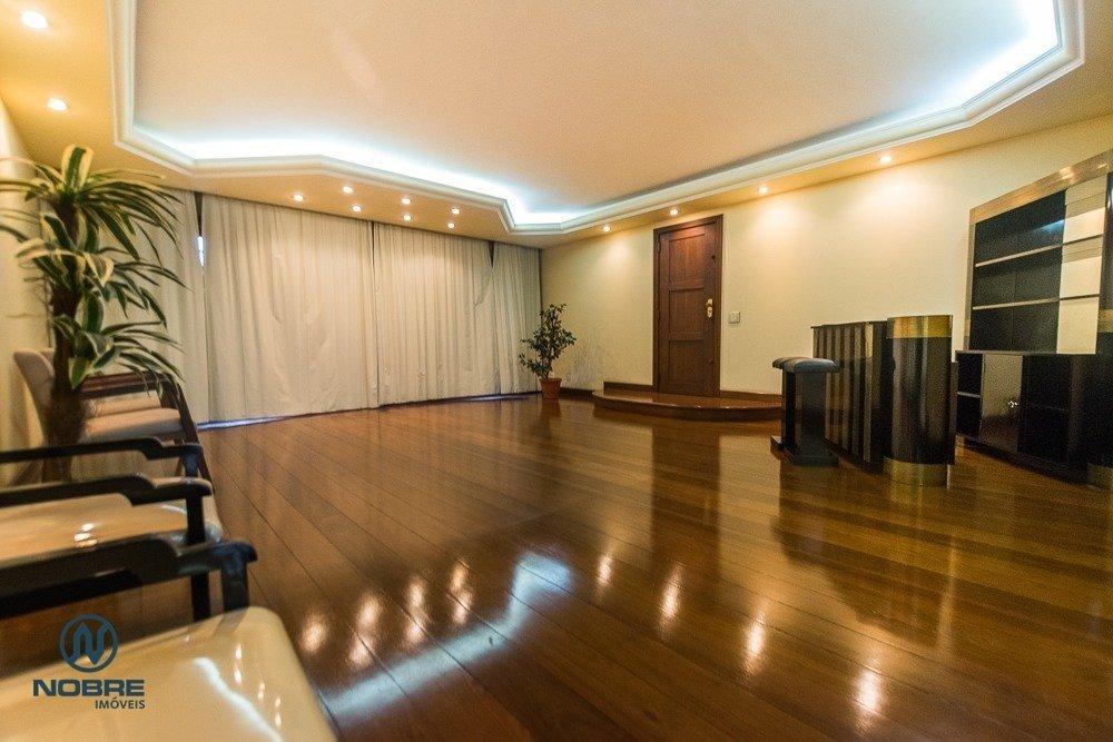 apartamento muito amplo no centro de terespopolis - v-960
