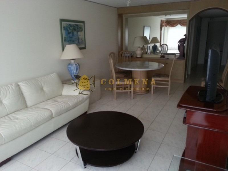 apartamento muy comodo en complejo parada 18 mansa.- ref: 1125