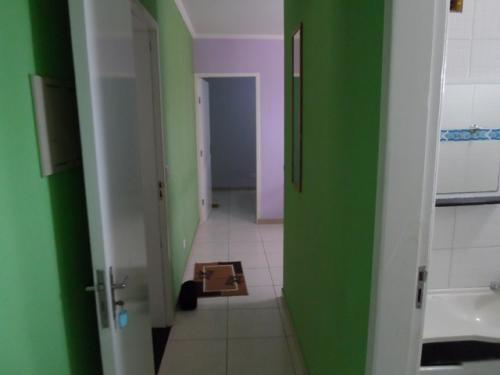 apartamento na praia com 2 quartos em itanhaém 1669-pc