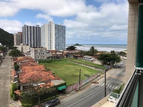 apartamento na praia dos sonhos 1 quadra do mar 6628