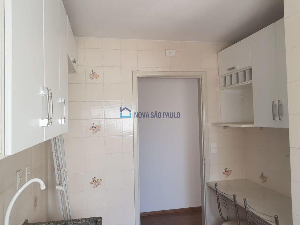 apartamento na região da saúde - bi26382
