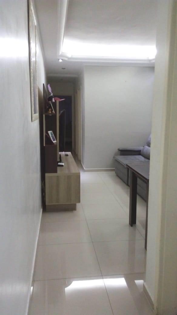 apartamento na vila luzita reformado, com armários  - 13367
