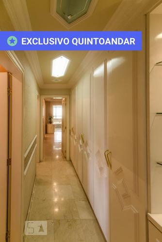 apartamento no 11º andar mobiliado com 4 dormitórios e 4 garagens - id: 892909386 - 209386
