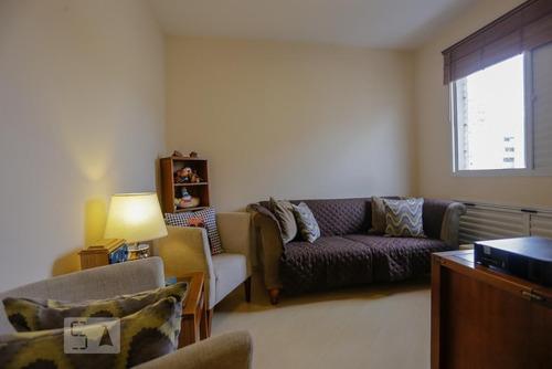 apartamento no 15º andar com 2 dormitórios e 2 garagens - id: 892951962 - 251962