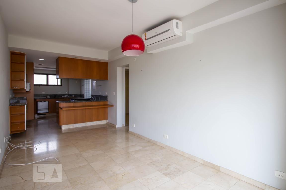apartamento no 18º andar com 2 dormitórios e 3 garagens - id: 892896355 - 196355