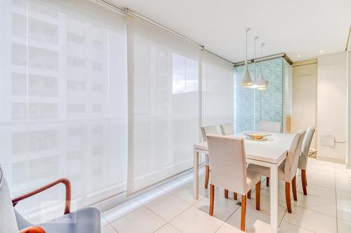 apartamento no 18º andar mobiliado com 1 dormitório e 2 garagens - id: 892953069 - 253069