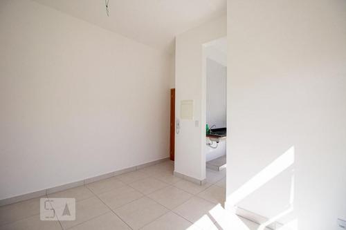 apartamento no 2º andar com 2 dormitórios e 2 garagens - id: 892927852 - 227852