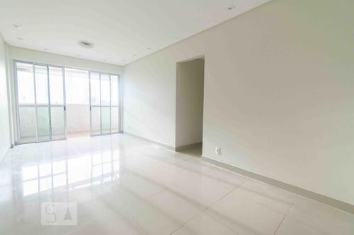 apartamento no 2º andar com 3 dormitórios e 1 garagem - id: 892915600 - 215600
