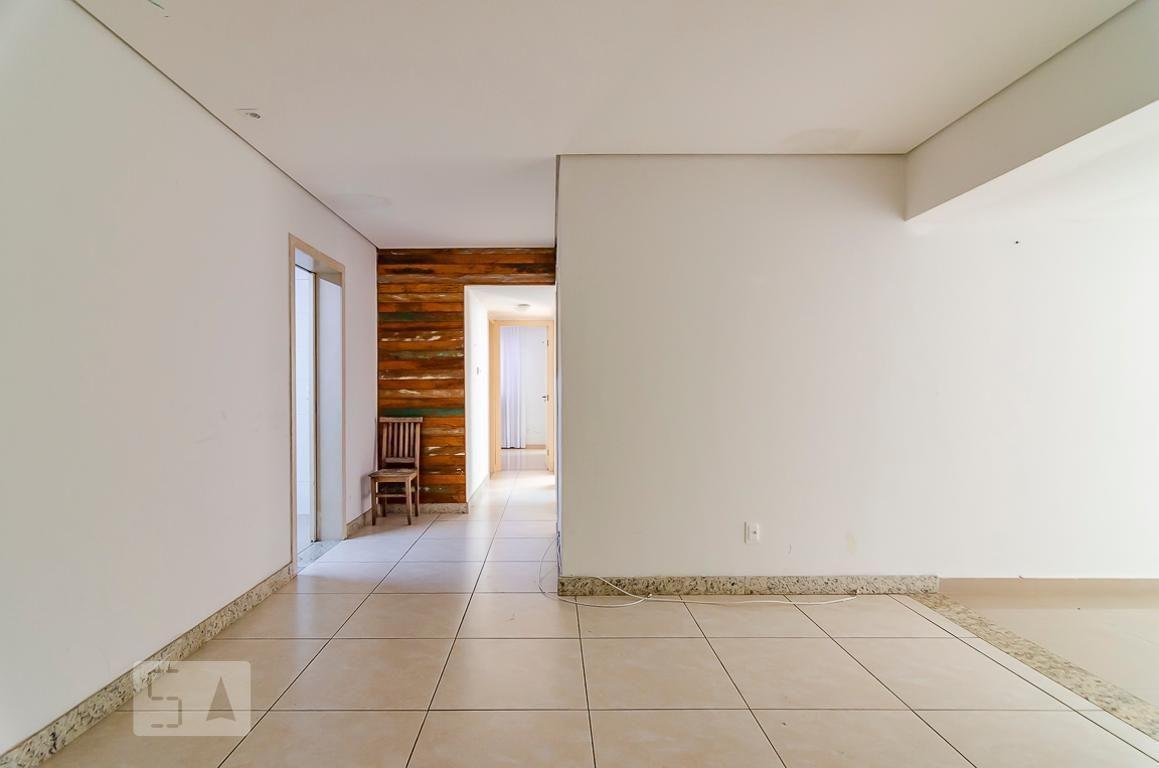 apartamento no 2º andar com 3 dormitórios e 3 garagens - id: 892972646 - 272646