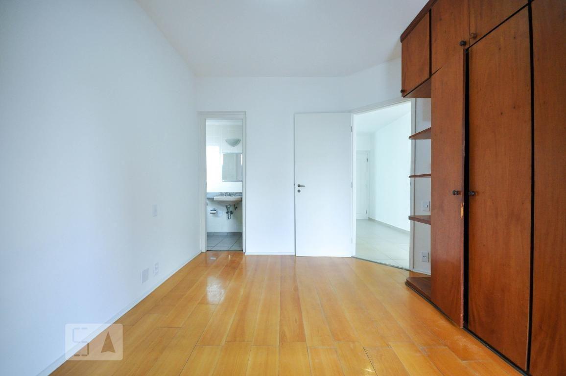 apartamento no 3º andar com 1 dormitório e 1 garagem - id: 892980549 - 280549