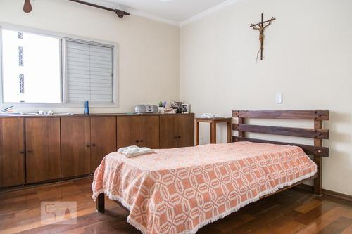 apartamento no 6º andar mobiliado com 3 dormitórios e 2 gara