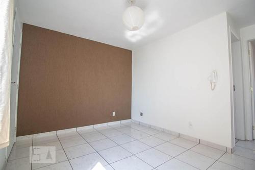 apartamento no 8º andar com 2 dormitórios e 1 garagem - id: 892950344 - 250344