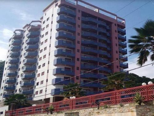 apartamento no bairro praia dos sonhos,ref. c2107 l c