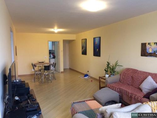 apartamento no cabral - em frente a padaria guarani!!