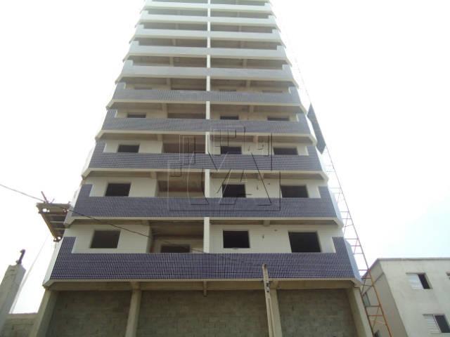 apartamento no caiçara 30 metros da praia!!!  parcelado direto com o construtor!!!