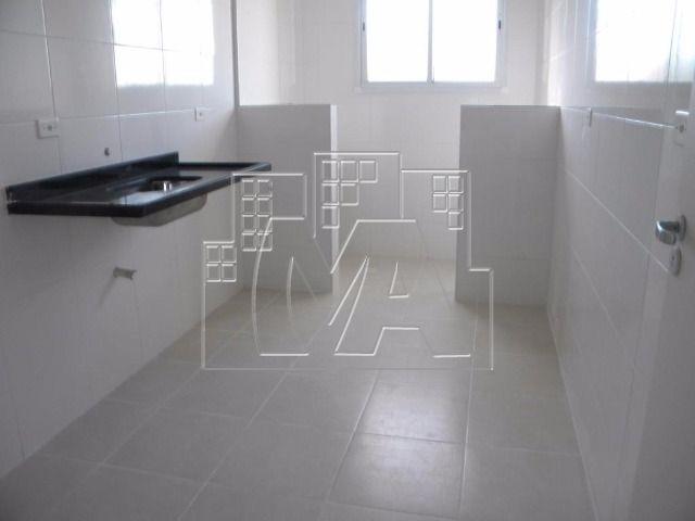 apartamento no canto do forte com 02 quartos