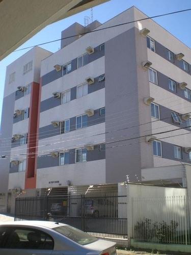 apartamento no centro com 1 quartos para locação, 41 m² - la431