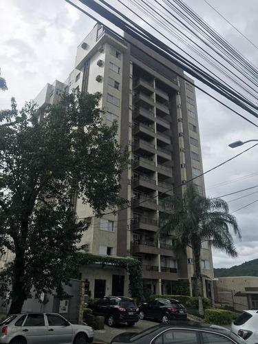 apartamento no centro com 3 quartos para locação, 117 m² - la411