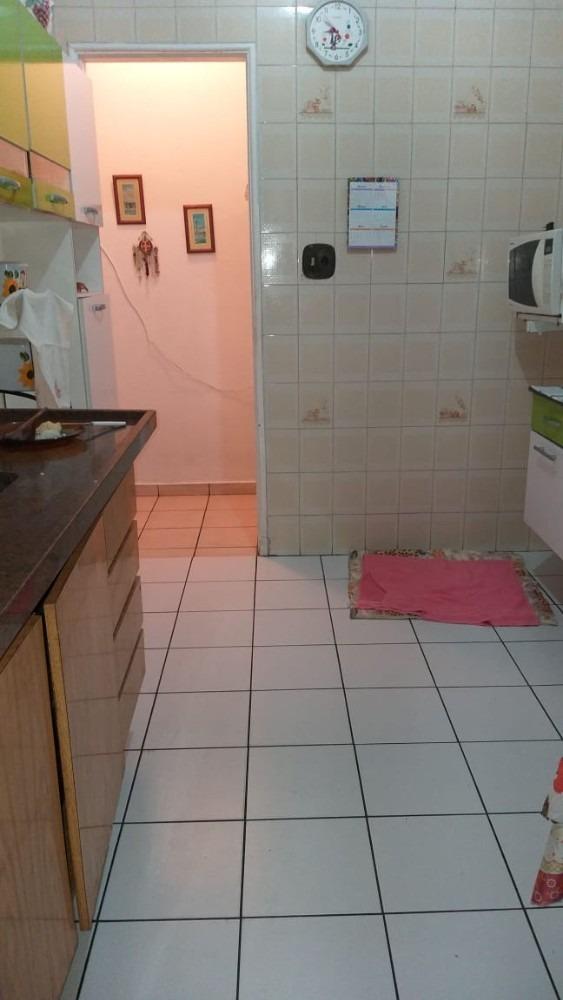 apartamento no centro de são vicente com 2 dormitórios