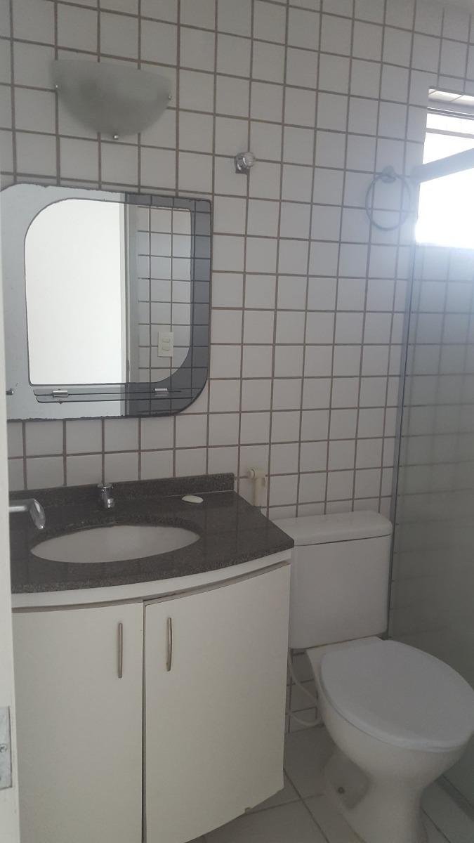 apartamento no condomínio dom heitor