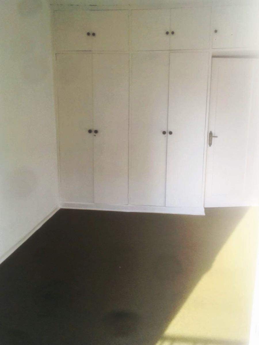 apartamento no primeiro andar com varanda - ao lado do super centro boqueirão - 1172