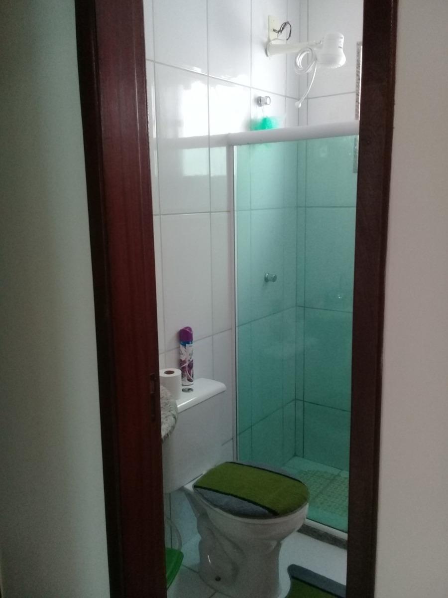apartamento no recanto com 2 quartos 1 banho e 1 vaga