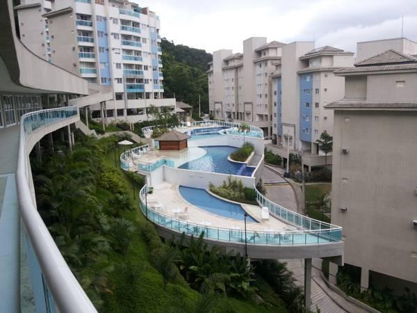 apartamento no resort porto real