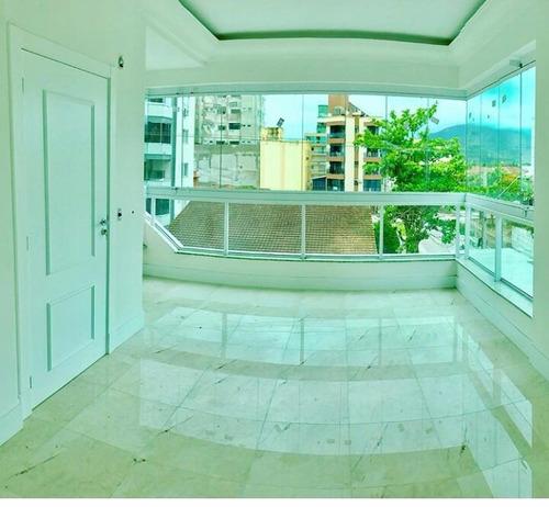apartamento novinho na meia praia,financia ou parcela direto