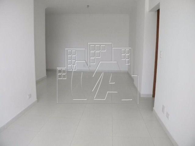 apartamento novo próximo à praia - 02 suítes